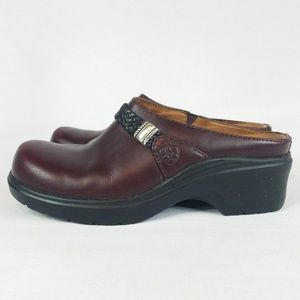 Ariat Shoes - Ariat Mules Clogs Burgundy Leather Black Accent 6